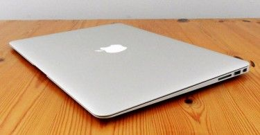 Apple-MacBook-Air-11-Early-2015-3