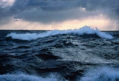 Rough seas off New Zealand