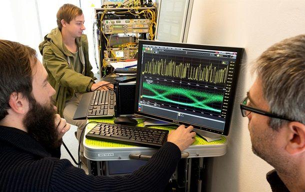 наука учёные передача данных компьютер программисты прогеры