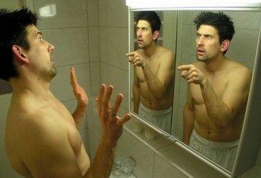психология мужчина зеркало ванная